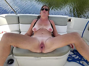 free pics be proper of shaved pussy mature moms