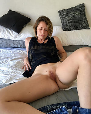 mature shaved pussy private pics