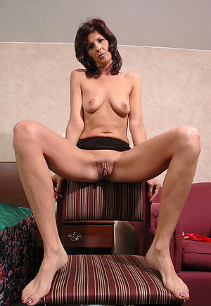 matured wife skinny private pics