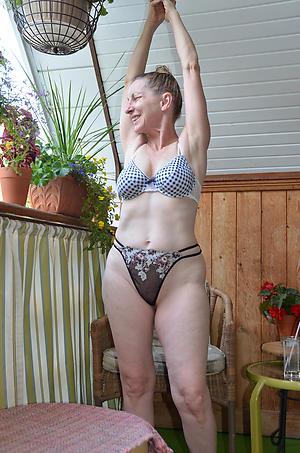 hotties naked skinny column