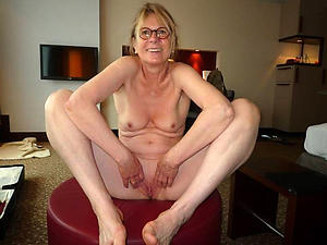 nice older women far small tits