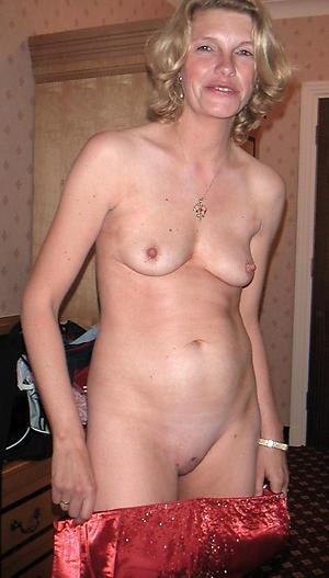 small tits naked women free pics