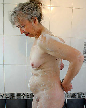 xxx pictures of old women all over closely-knit tits