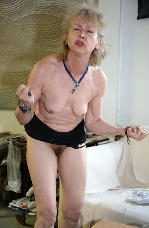older women snug tits amateur pics
