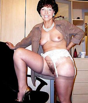 granny in stockings amateur pics