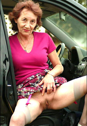 doyenne woman upskirt posing nude