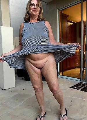 mature milf upskirt intercourse pics