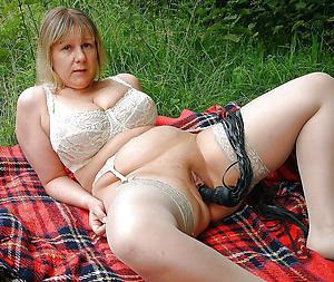 mama masturbating private pics