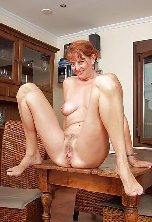 granny mom posing nude