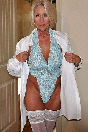 naked solo granny