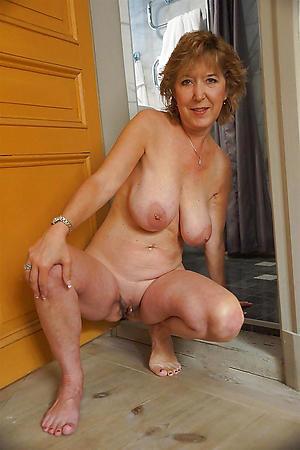 sex galleries of beautiful erotic body of men