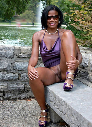 chubby mature ebony private pics