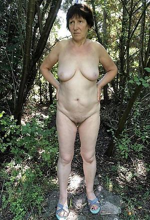 hot older women posing nude
