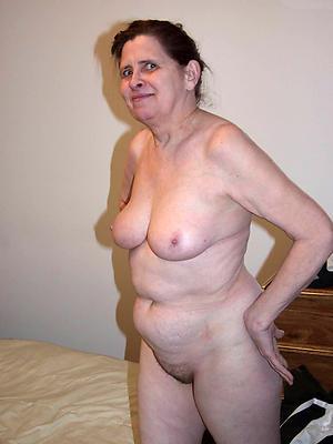 amazing older women nigh heavy tits