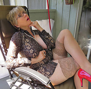 aged lady titties porn pics