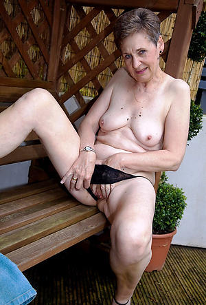 naked old ladies porn pics