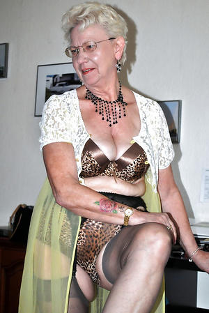single old lady love porn