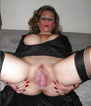beautiful old lady vagina