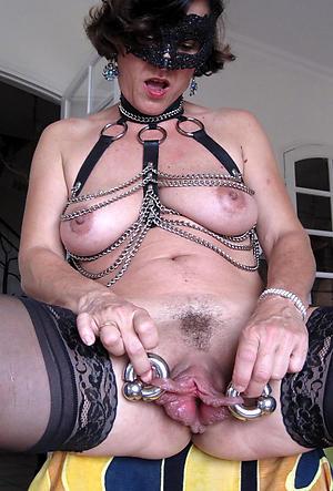 mature gradual vaginas unorthodox pics