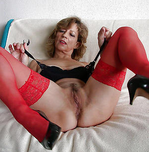 xxx mature vulva pics