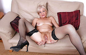 amateur woman vulva