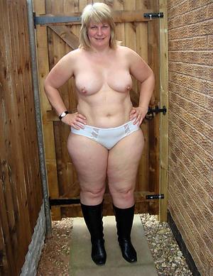 naked mature ladys sex pics