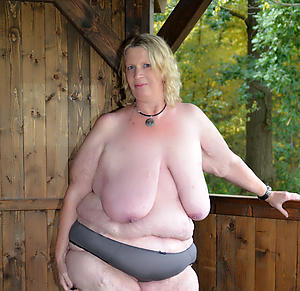 chubby nude grannies free pics