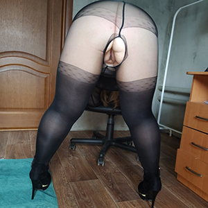 unconcealed pics of mature sex in pantyhose