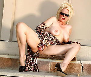 xxx pictures of sexy mature wife