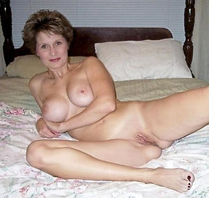 nice mature elegant women vulva