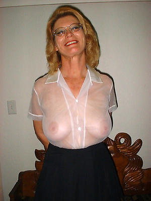 mature spectacular ladies amateur pics