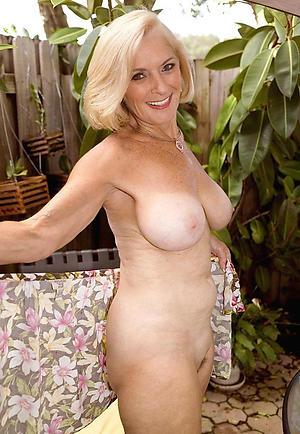 porn pics of elegant mature pussy