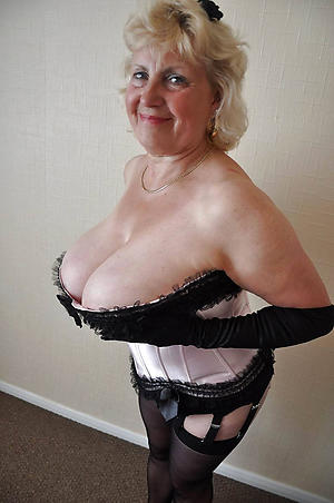 old mature wife sex pics