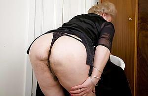 busty big irritant granny nude pics