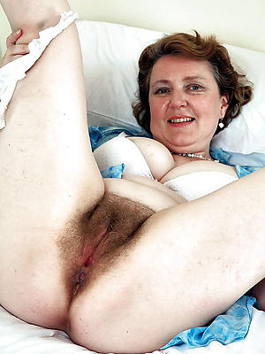 naughty hairy granny pussy porn pic