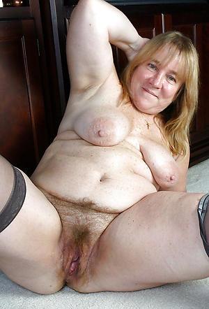 hairy granny pussy amateur pics