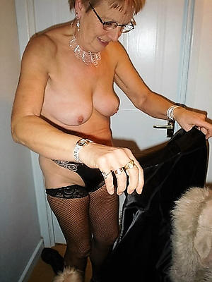 xxx pictures be required of naked grannies with glasses