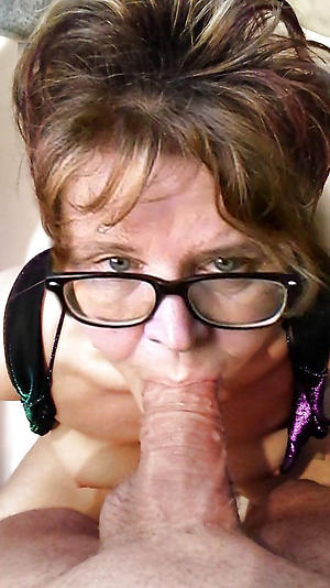 grannies prevalent glasses porn pics