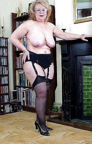 grannies with glasses sex gallery