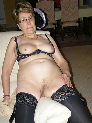 free pics of naked grannies more glasses