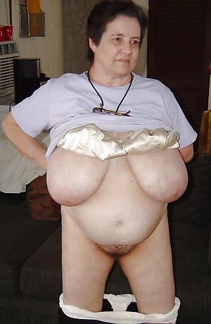 uncovered mature big saggy tits