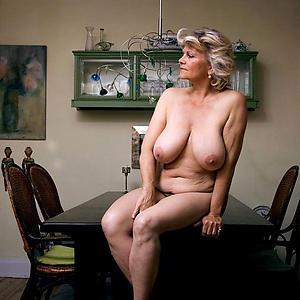 saggy tits mature sex pics