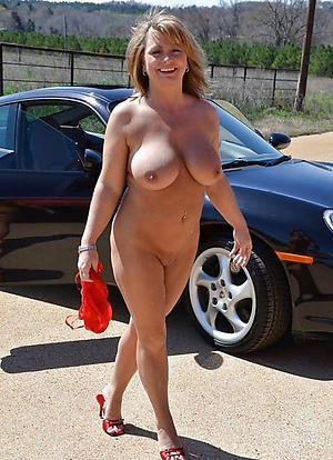 nude pics of full-grown open-air pussy