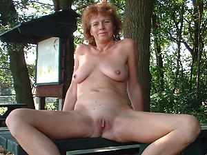 mature outdoor pussy amateur pics