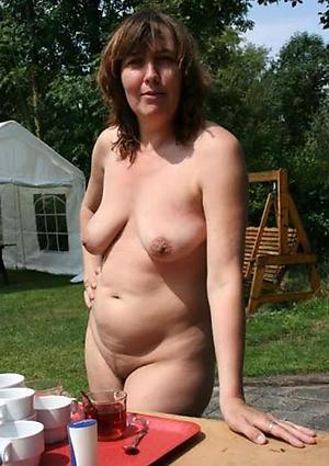 hotties outdoor mature nude