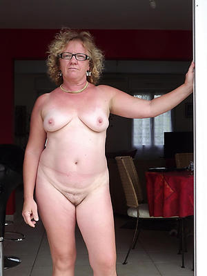 hairy granny pussyamateur pics