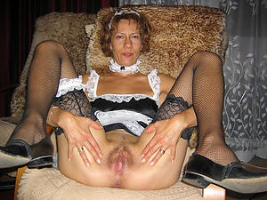 sex galleries of muted granny pussy