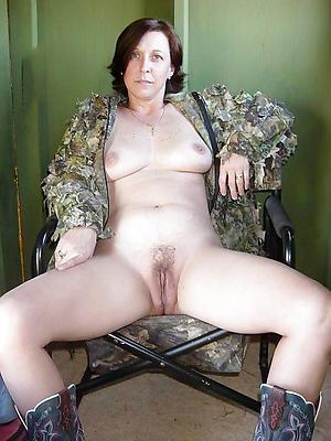 old woman xxx posing nude