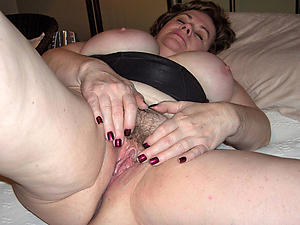 nude old woman vagina