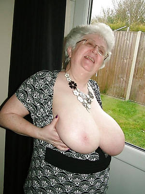 unembellished pics be useful to grannies with big boobs